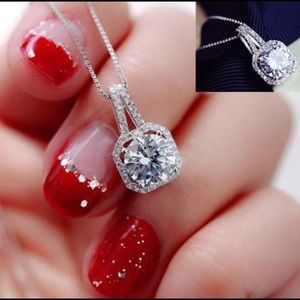Ⓜ️925 silver crystal charm pendant necklace
